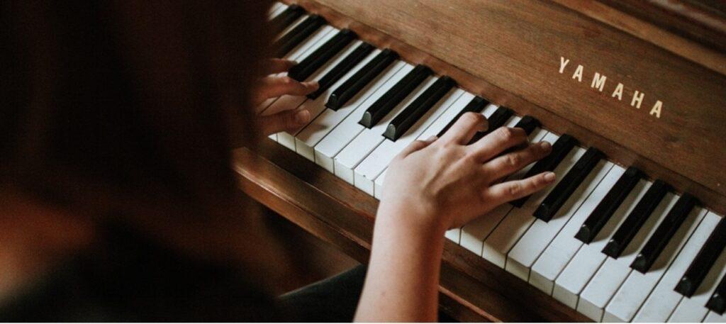 ¿ Qué tipo de piano comprar digital o acústico?
